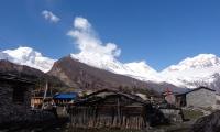 Manaslu from samadagaun