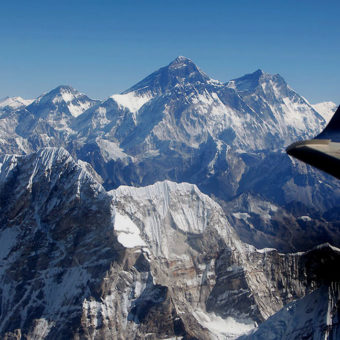 Everest-Mountain-Flight
