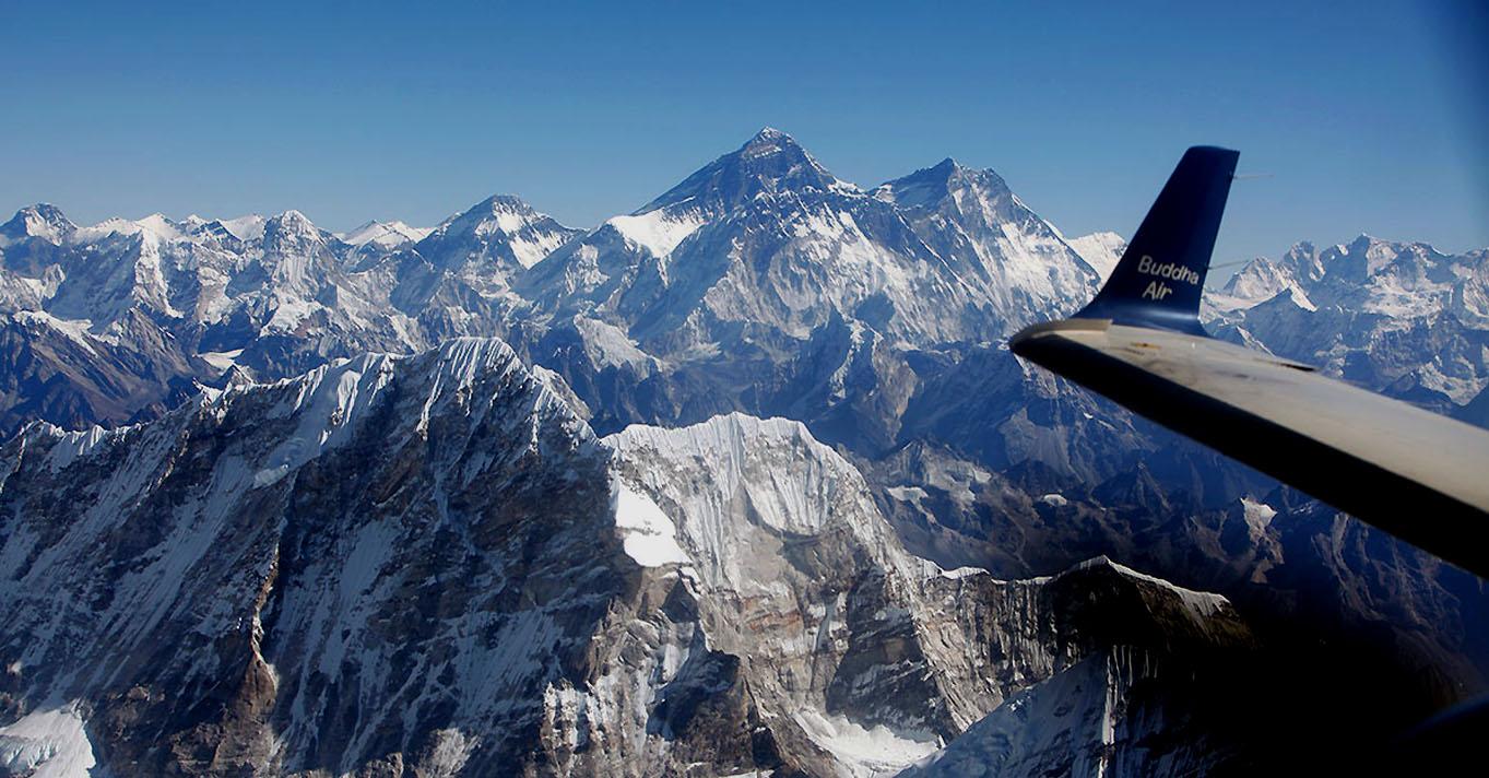 Everest-Mountain-Flight