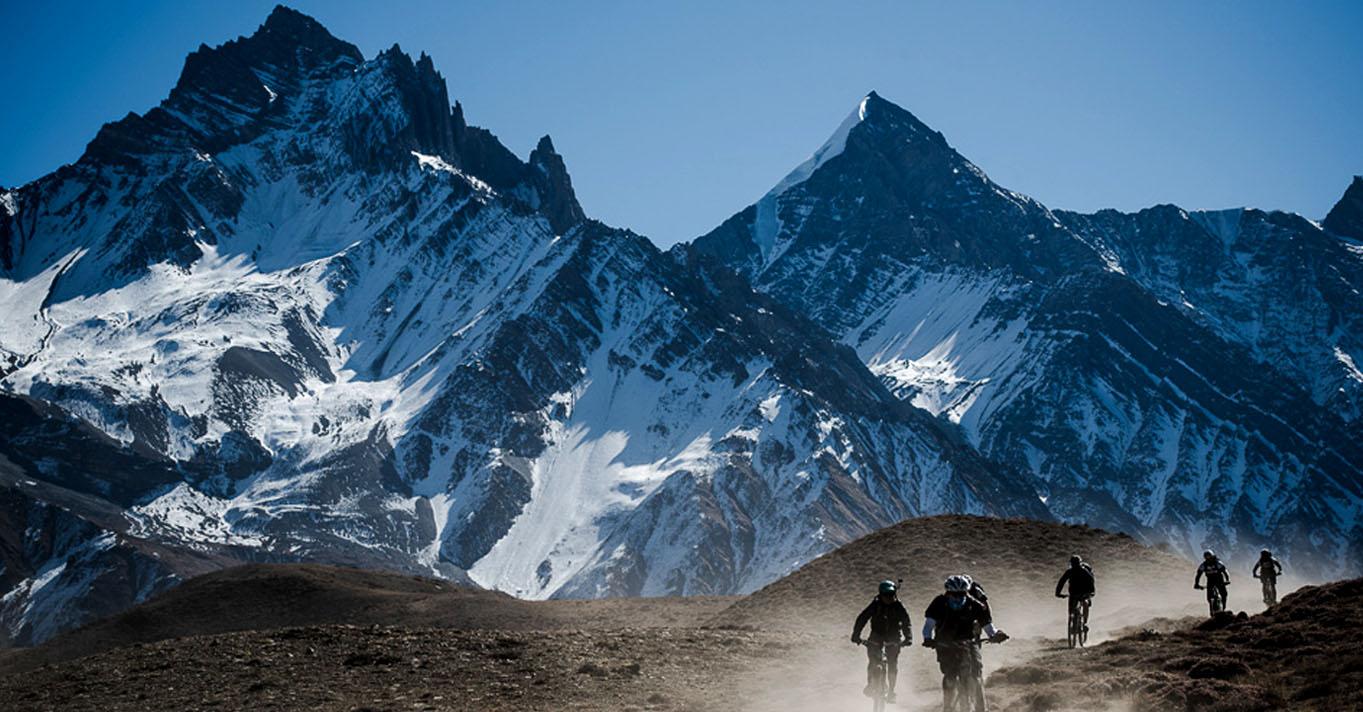 High-altitude-biking-nepal
